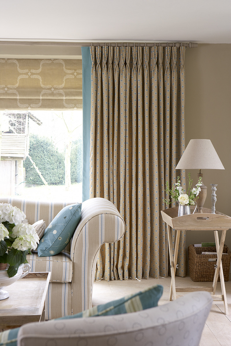 with orig curtains blinds