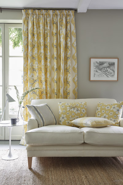 Spring – decorating with yellow